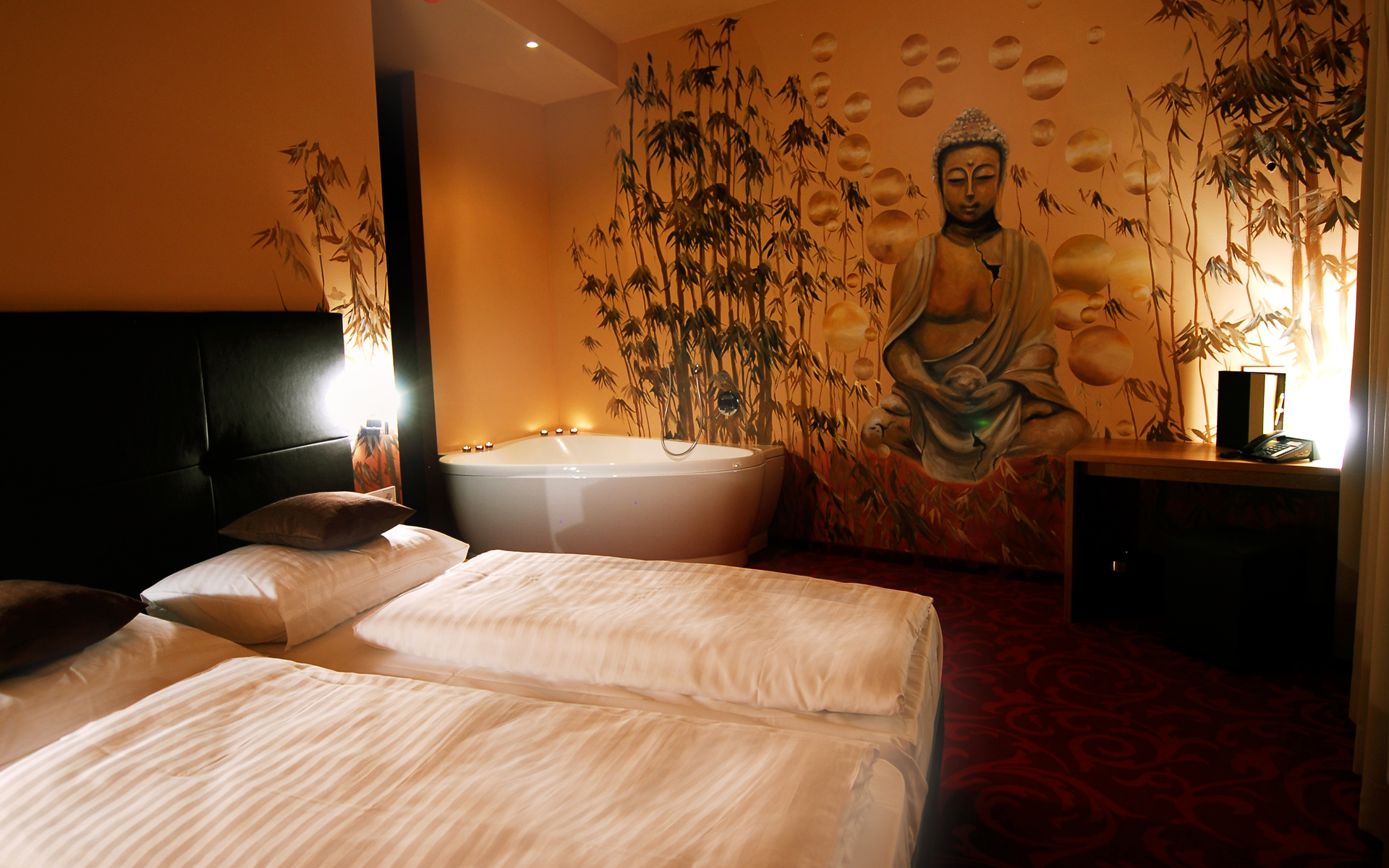 Buddha Restaurant Hotel